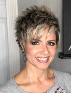 How to Style a Longer Pixie Cut - Great Style for Mature Women Short Hairstyles For Thick Hair, Short Grey Hair, Haircut For Thick Hair, Short Pixie Haircuts, Short Hair With Layers, Short Hair Cuts For Women, Short Hair Styles, Quick Hairstyles, Long Hair