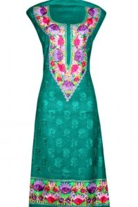 Green suit with aari work.  Elegant looks  Neck and booty jall embroidery with border design  Fine spun