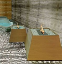 bio-ethanol fireplace: low carbon emissions and the fuel is manufactured from a sustainable plant-based source Courtyard Landscaping, Bioethanol Fireplace, Maya, Light My Fire, Fireplace Design, Handmade Home, Home Interior Design, Interior Ideas, Hearth