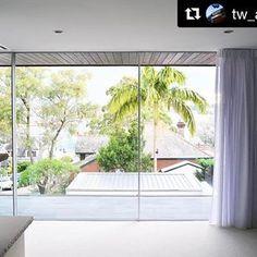 Harbour Views by TW Architects Product: Vitrocsa Sliding doors Partner: Vitrocsa Australia  #vitrocsa #swissmade #theoriginal #since1992 #theminimalistwindow #architecture #design #instahouse #project #architecturelovers #celebrating25thanniversary #interiordesign @vitrocsaaustralia @tw_architects #australia