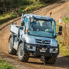 Mercedes-Benz Unimog - Lloyd Ltd Mercedes Benz Forum, Mercedes Benz Unimog, Mercedes Truck, Lego Unimog, Mercedez Benz, Expedition Vehicle, Jeep Life, Pickup Trucks, Offroad