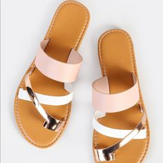 To find out about the Multi Toe Ring Sandals BLUSH MULTI at SHEIN, part of our latest Slippers ready to shop online today! Rose Gold Sandals, Toe Ring Sandals, Cute Sandals, Toe Rings, Cute Shoes, Women's Shoes, Me Too Shoes, Shoe Boots, Golf Shoes