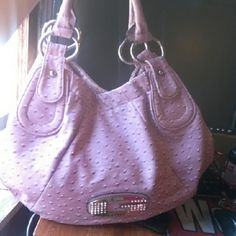 Guess purse Like new Guess Bags