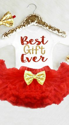 Baby's First Christmas Outfit - Baby Girl Christmas Tutu - Red and Gold Tutu - Baby Girl Christmas Dress - Baby Girl Gift - Christmas Baby Gift Ideas - Baby Shower Gift - Baby Girl Tutu Newborn Christmas Outfits Girl, Baby's First Christmas Outfit, Baby Girl Christmas Dresses, Christmas Tutu, Country Christmas, Xmas, Valentines Day Baby, Valentines Day Photos, Valentines Outfits