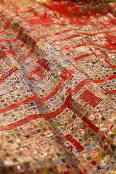 EL ANATSUI El Anatsui is one of the most exciting contemporary visual artists of our time. Emerging from the vibrant post-independence art movements of 1960s and '70s West Africa, he has gone on to receive widespread international acclaim for his sculptural experiments with media, form and tradition. October Gallery has been working closely together with El Anatsui since 1993.