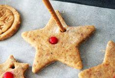 Biscuiti din turta dulce (fara zahar)- reteta de preparat împreuna cu cei mici Sugar Free, Biscuit, Cookies, Dinner, Desserts, Food, Crack Crackers, Dining, Tailgate Desserts