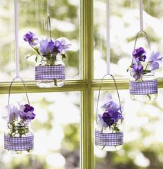 Easter Decorations in Purple and Lavender – Easter Crafts, DIY | Interior Design Files
