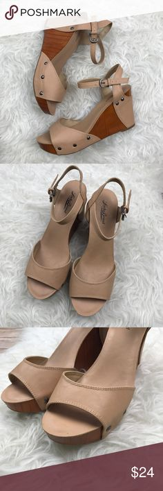 "Lucky Brand Wood Tan Wedges Excellent condition Lucky Brand Tan Faux leather and wood wedges. Size 10. Heels are 4"" tall. Padded insoles. No trades, offers welcome. Lucky Brand Shoes Wedges"