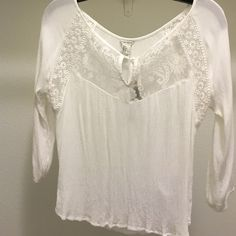 Cute Boho Top Cute boho top. No stains or signs of wear. Worn once. Forever 21 Tops Blouses