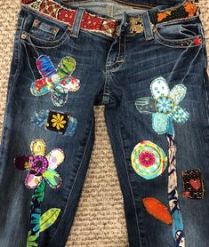 Your place to buy and sell all things handmade Patchwork Jeans Hippie Boho Denim Patchwork recycelt Retro Hippie Boho, Hippie Jeans, Patchwork Jeans, Hippie Festival, Sewing Clothes, Diy Clothes, Denim Art, Denim Ideas, Embellished Jeans