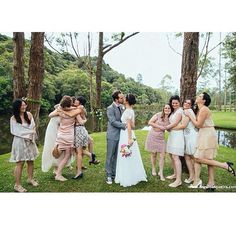 Lovely! Wedding Dress Atelier Carla Gaspar.