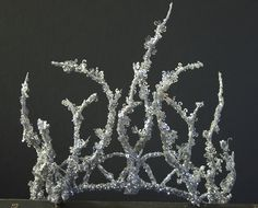ice+queen+silver+glitter+twig+icy+tiara+crown+diadem.jpg (1059×854)