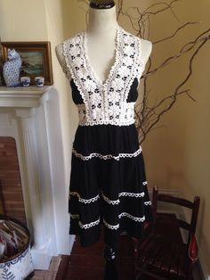 ANTHROPOLOGIE NICK & MO BLACK IVORY EMBROIDERED BOHO Womens Dress MEDIUM 6 8 #ANTHROPOLOGIE #NickMo #Sundress #Casual #embroidereddress #embroidered #crochetdress #crochet
