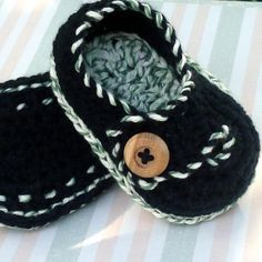 Adorable! Crochet baby shoes I wish I knew how to crochet-then I could make these.