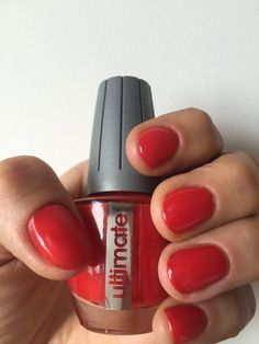 "Shop it: https://loox.io/p/NyFB-u6bW?ref=loox-pin | ""Love this top coat!"" -Amelie W. #Women #Beauty #Nails"