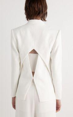 Buy Sale Online by Dion Lee Look Fashion, Fashion Details, Runway Fashion, High Fashion, Womens Fashion, Fashion Tips, Fashion Trends, Fashion Hacks, 80s Fashion
