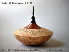 Wood Turning Lathe, Wood Turning Projects, Wood Projects, Wood Turned Bowls, Wood Bowls, Wooden Art, Wooden Boxes, Doll House Plans, Wood Vase
