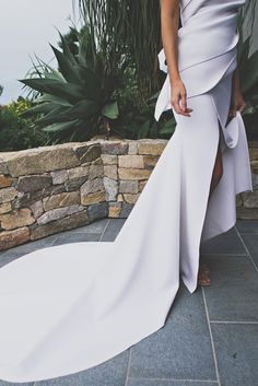 Emma + Matt | HOORAY! Mag | Cappellazzo Couture | Wedding Dress Inspiration |