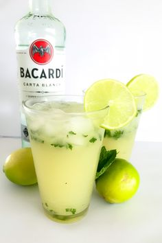 Our Thermomix Mojitos made with rum, soda water, raw sugar, fresh limes and mint are the perfect cocktail for any occasion! Fresh Mint Leaves, Fresh Lime, Bacardi, Baileys Cocktails, Martinis, Cucumber Detox Water, Cocktail Ingredients, Cucumber Recipes, Limes