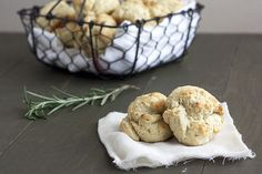 Rosemary Olive Oil Biscuits ☆☆☆☆ 20 mins