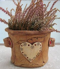 Ceramic Pottery, Pottery Art, Korean Pottery, Cement Art, Pottery Designs, Garden Styles, Hobbies And Crafts, Clay Crafts, Sculpture Art