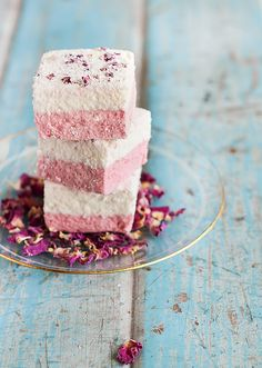 Ispahan Marshmallows (Lychee, Rose & Raspberry) by raspberri cupcakes, via Flickr