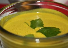http://www.foodulution.com/wp-content/uploads/2014/12/Zitronengras-Curry-Suppe.jpg - PALEO, VEGAN & LOW CARB: Cremige Zitronengras-Suppe