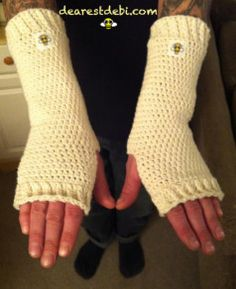 Have a big ball of cotton? Hook up a pair of Cotton Crochet Arm Warmers, you're gonna need them soon. http://dearestdebi.com/cotton-crochet-arm-warmers