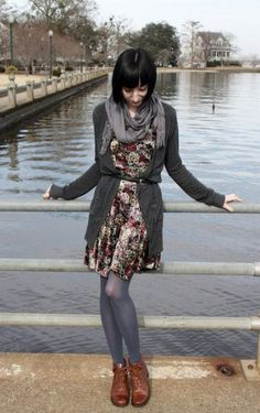 floral dress, cardigan, grey scarf and tights. Fall Winter Outfits, Winter Fashion, Winter Dresses, Winter Cardigan Outfit, Grey Scarf, Next Clothes, Chic Outfits, Hipster Outfits, Converse