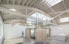 BOWSTRING TRUSS HOUSE / Works Partnership Architecture