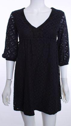 Short v-neck black misope dress