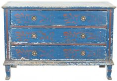 Antique French Chest. This one has just the right amount of patina. I can picture this against Monet's gorgeous yellow. love