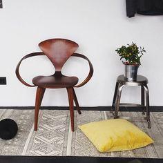 Endlich ist der #Frühling da. Passend dazu den #spring #Teppich von #housedoctordk erhältlich in unserem Shop design-deli.com