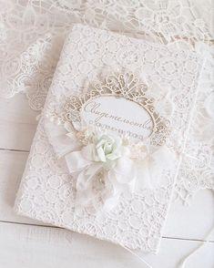 Wedding Album, Wedding Guest Book, Wedding Cards, Wedding Invitations, Scrapbook Albums, Scrapbook Cards, Handmade Wedding, Diy Wedding, Homemade Gift Bags