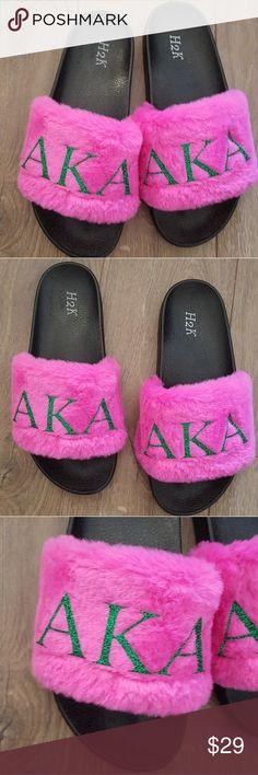 Spotted while shopping on Poshmark: AKA sorority slippers pink&green! Aka Sorority Gifts, Alpha Kappa Alpha Sorority, Sorority Outfits, Girls Wear, Pretty Girls, Pink And Green, Pink Ladies, Gap, Slippers