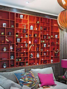 B Now that's what I call a bookshelve