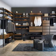 Searching for some fresh suggestions to remodel your wardrobe? See our gallery of leading ideal walk in closet layout concepts as well as images. Walk In Closet Design, Wardrobe Design, Closet Designs, Wardrobe Ideas, Bedroom Wardrobe, Wardrobe Closet, Master Bedroom, Dressing Room Closet, Modern Closet