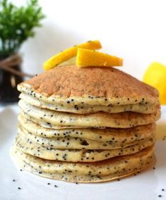 Do you think you can eat . - Healthy oatmeal pancakes … Do you think you can eat pancakes every morning …? The answer is YES - Vegan Pancake Recipes, Healthy Oatmeal Recipes, Healthy Cooking, Breakfast Recipes, Pancake Healthy, Eat Healthy, Cooking Recipes, Oat Pancakes, Food Porn
