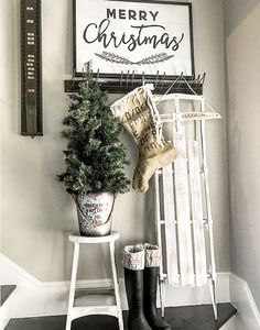 Deck the halls with cute farmhouse style Christmas décor from Kirklands! Chevron Wall Decor, Merry Little Christmas, Christmas Décor, Pallet Christmas, Gift Card Giveaway, Deck The Halls, Wonderful Time, Ladder Decor, Christmas Decorations