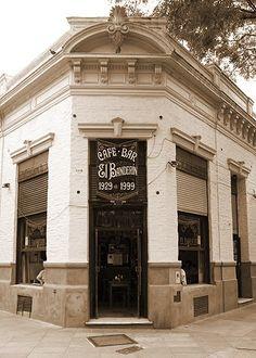"""Cafe bar """"""""El Banderin"""""""" Guardia Vieja 3601, Almagro, CABA, Argentina"""