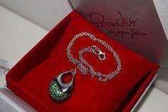 ciondolo in argento e zirconi collezione Rossovivo http://www.argentoro.it/it/collane