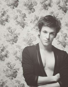 Gaspard Henry Winchester, Gaspard Ulliel, Beautiful People, Eye Candy, Crushes, Celebs, Guys, Instagram, Jr