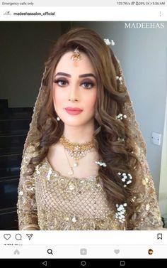 subtle wedding makeup Subtle Makeup Ideas For Bridesmaid Pakistani Wedding Hairstyles, Bridal Hairstyle Indian Wedding, Pakistani Wedding Outfits, Bridal Outfits, Bride Hairstyles, Indian Bridal, Lehenga Hairstyles, Pakistani Dresses, Indian Outfits