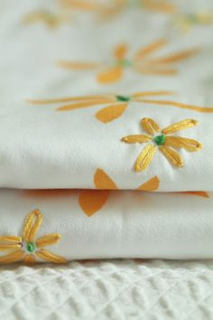 daisy pillowcases: freezer paper stencil and embroidery