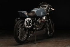 Go go go! Moto Guzzi #CafeRacer Le Mans I by Revival Cycles. Still fascinates me after a few years   caferacerpasion.com