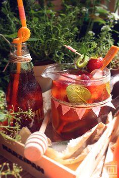 Rooibos fiesta: homemade rooibos ice tea.
