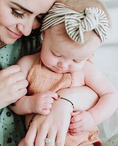 baby 9 months #emmylowephoto #littleladylowe #rooneylowe #childhoodunplugged #mamababy