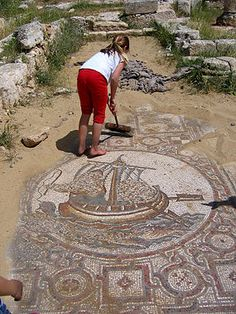 "KINGDOM OF JUDAH - Beit Lehi contains oldest known Hebrew writing of the word ""Jerusalem"" dated to century BC ""I am YHWH thy Lord. I will accept the cities of Judah and I will redeem Jerusalem""""Absolve us oh merciful God. Ancient City, Ancient Rome, Ancient History, Ancient Map, Ancient Greece, Cultura Judaica, Arte Judaica, Jewish History, Israel History"