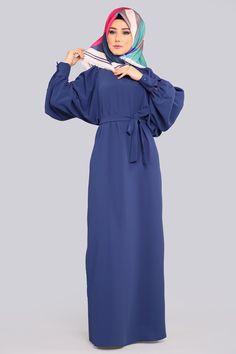 Modaselvim New Products - Hijab Istanbul Hijab Elegante, Hijab Chic, Hijabi Gowns, Hijab Dress, Plus Size Dressing Gowns, Abaya Fashion, Fashion Outfits, Estilo Abaya, Black Abaya