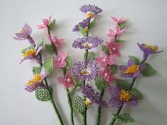 This Pin was discovered by Hay Lace Flowers, Crochet Flowers, Yarn Bombing, Needle Lace, Bead Crochet, Needlepoint, Floral Wreath, Projects To Try, Weaving